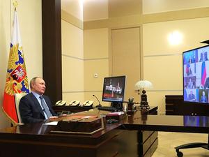 «Возникает усталость». Путин объяснил протестные акции раздражением людей от пандемии