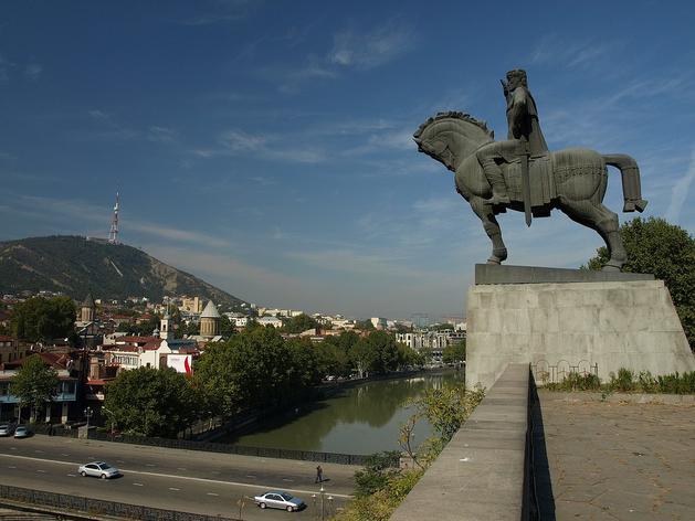 Открытие Грузии, переизбрание Миллера, мегаяхта Абрамовича. Главное 24 февраля