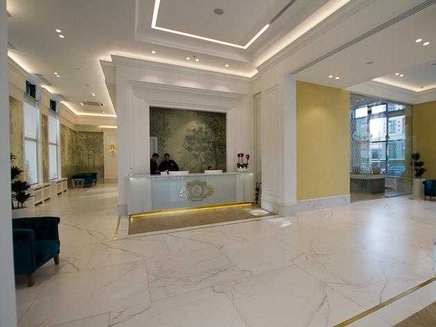 «Сервис на уровне пятизвездочного отеля». Как устроена жизнь в клубных домах