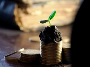 Что происходит сейчас с рублем и стоит ли менять валюту?
