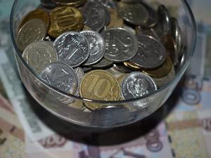 Красноярцы стали меньше тратить на покупки и больше откладывать