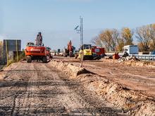 Региону одобрили дополнительные деньги на дороги и четвертый мост