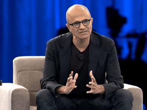 «Научился прощать себя». Как рождение ребенка с ДЦП дало главе Microsoft толчок к развитию