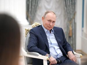 Проблемы с вакцинацией, Путин заявил о «моральных законах» для интернета. Главное 4 марта