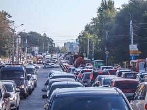 Фонд Варламова предложил ввести «выделенки» по всему Нижнему Новгороду