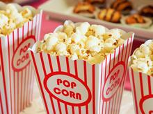 Попкорн и пиво — только из кинобара. При входе в кинотеатры могут начать проверять сумки