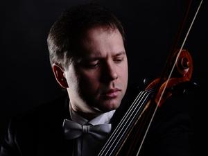 В Красноярске выступит один из лучших виолончелистов России Алексей Жилин