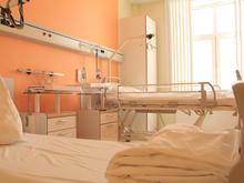 С частной клиники в Свердловской области через суд требуют десятки миллионов