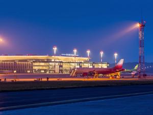 Весенне-летнее расписание полетов начало действовать в красноярском аэропорту