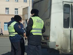 В Челябинске за три месяца выявили 350 неисправных маршруток