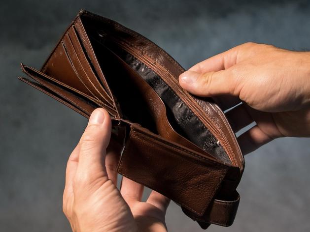Кризис 2020: бедные чувствуют себя неплохо, средний класс умирает и ищет вторую работу