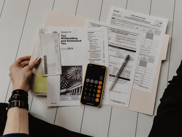 Налоговики устроили массовые выездные проверки состоятельных россиян. К чему готовиться?