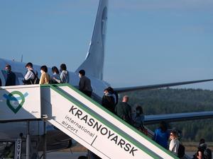 В аэропорту Красноярск оттаяли грузы и пассажиры