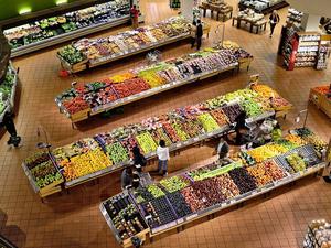 Сеть томских супермаркетов заменит новосибирские «Гиганты»