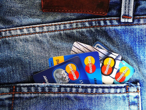 Красноярцы снова пошли за кредитками