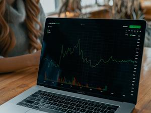 Главные события апреля на рынках акций: что надо знать инвестору