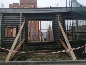 Снос под видом реставрации: от исторического здания в центре Челябинска остались две стены