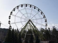 Мэр Красноярска затестировал новое колесо обозрение