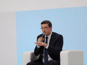 «Открытый диалог»: о чем губернатор три часа разговаривал с предпринимателями 30 апреля?
