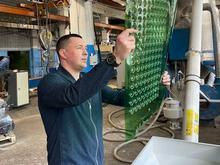 «Спасаю планету». Как Сергей Лосин начал производить стройматериалы из пластикового мусора