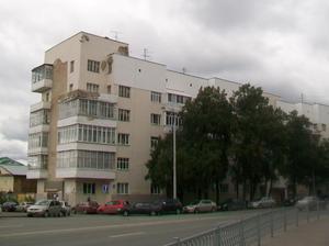 В Екатеринбурге начал разрушаться «депутатский» дом