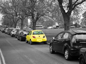 80% жителей Новосибирска недовольны ситуацией с парковками в городе