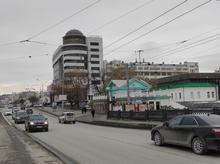 «Каждый четвертый — в кредит». Кто и как покупает машины в Екатеринбурге