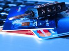 «На ваше имя пробуют взять кредит. Срочно расскажите о счетах». Новая схема мошенничества