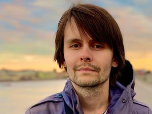 «Капитан-антимаркетинг»: как музыкант из Екатеринбурга открыл кофейню в Петербурге