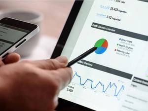 Индекс RSBI: в апреле продажи среднего бизнеса вышли на исторический максимум