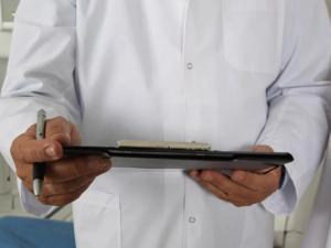 Врачу ультразвуковой диагностики в Челябинске готовы платить свыше 160 тыс. руб.
