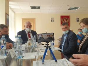 «Деревья против детей»: Николай Валуев поддержал проект больницы в челябинском бору