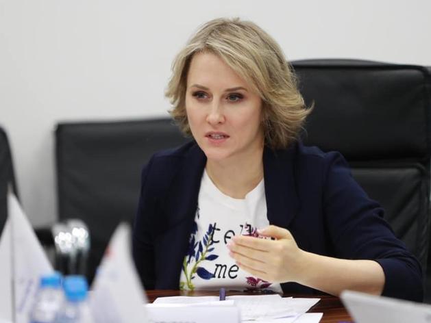 Анастасию Татулову позвали выступить на ПМЭФ. И заплатить за это 960 тыс. руб.