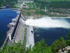 Паводок в Красноярске: Красноярская ГЭС увеличивает сброс воды