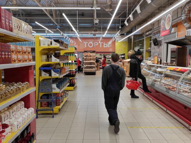 «Действуют по отработанной схеме». В Екатеринбурге участились нападения на супермаркеты