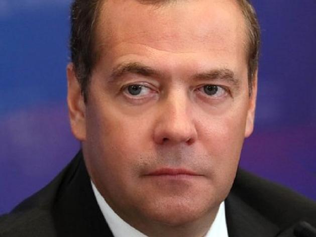 «Единая Россия» может пойти на выборы без своего руководителя Дмитрия Медведева