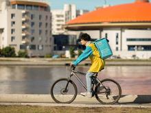 В Екатеринбурге заработала «Яндекс.Лавка». Сервисы экспресс-доставки еды захватывают город