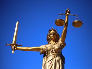 Урегулирование спора по облигациям «Дяди Дёнера» состоится в суде