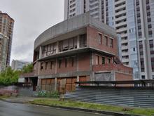 Недостроенный бизнес-центр на Семьи Шамшиных выставили на продажу