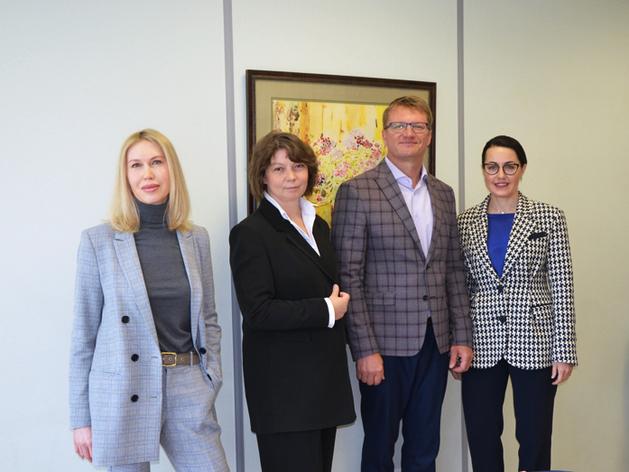 Слева направо: Екатерина Иглина, Марина Сухановская, Олег Мошкарев, Валерия Козлова