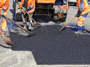 Муниципалитет расторг контракт на ремонт дорог с компанией экс-депутата Карапетяна