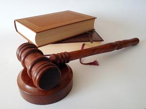 Мэрия через суд освободит участок за гостиницей «Центральная»