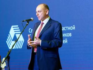 Дмитрий Пумпянский призвал уральских промышленников премировать тех, кто привился от COVID