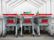 В России спрогнозировали рост зарплат и цен на «абсолютно все» продукты питания
