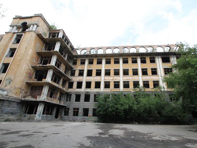 Уральские бизнесмены создали фонд для восстановления заброшенной больницы в Зеленой Роще
