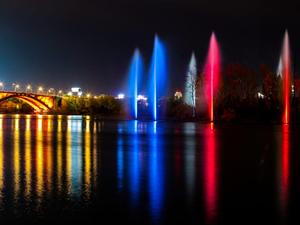 «КрасКом» снова запускает речной фонтан: Енисей пришел к норме