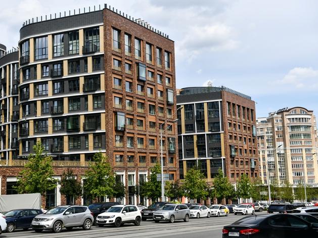 «Мы думали, в «Тихвине» будут нервничать». Изнанка Forum City с квартирами от 10 млн руб.