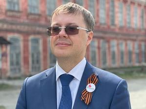 Арбитражный суд арестовал счета на миллиард депутата Госдумы Льва Ковпака и его семьи