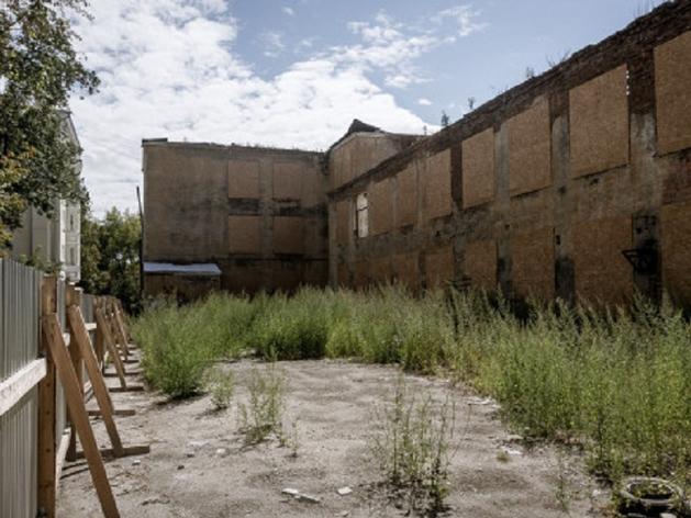 В заброшенном корпусе Лестеха сделают клинику для таможенников