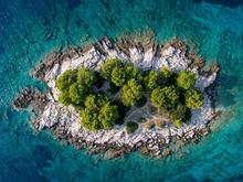Кипр требует от туристов ПЦР-тест каждые 72 часа, перелеты с детьми дешевеют. Дайджест